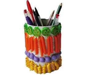 Cutie de creioane din macaroane