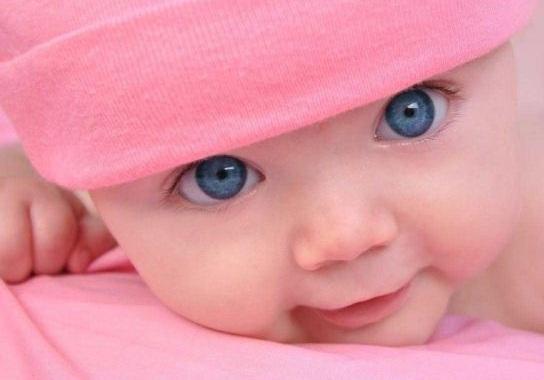 Cunoaste-ţi şi învaţă-ţi bebeluşul prin joacă