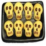 Mancare de Halloween - Dulciuri copii capete de scheleti din fursecuri