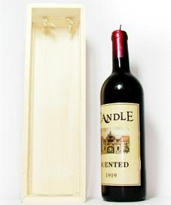 Lumanare sub forma de sticla de vin
