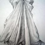 Desen rochie in moda in baza tehnicii clar obscur