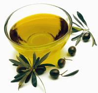 Ulei natural de masline bio extra virgin bogat in vitamine, acizi grasi si antioxidanti
