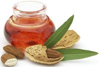 uleiul de migdale poate fi utilizat atât în scop medical, cât şi cosmetic