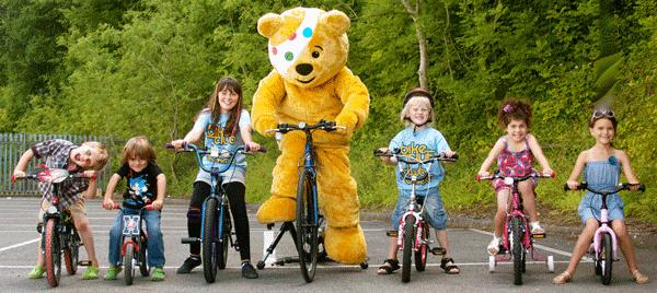 Sfaturi: cum sa inveti copilul mersul pe bicicleta?