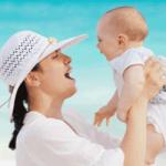 Sfaturi pentru prima vacanta a bebelusului la mare sau la munte