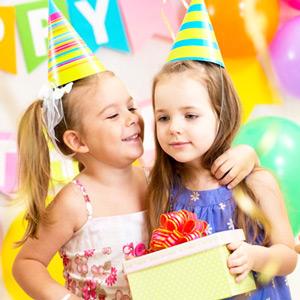 Cadouri la Petrecerile pentru copii la Blue Party